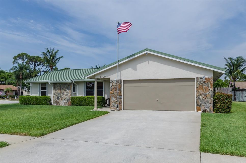 8499 Theresa Road, Boynton Beach, FL 33472