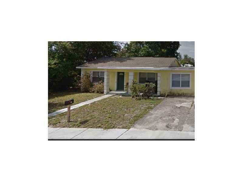 Single Family Home for Sale at 139 W 34th Street West Palm Beach, Florida 33404 United States