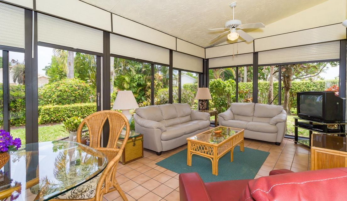 Additional photo for property listing at 2510 NW 13th Street  Delray Beach, Florida 33445 Estados Unidos