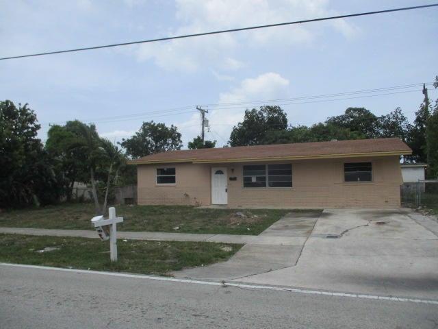 810 S 14th Street, Lantana, FL 33462