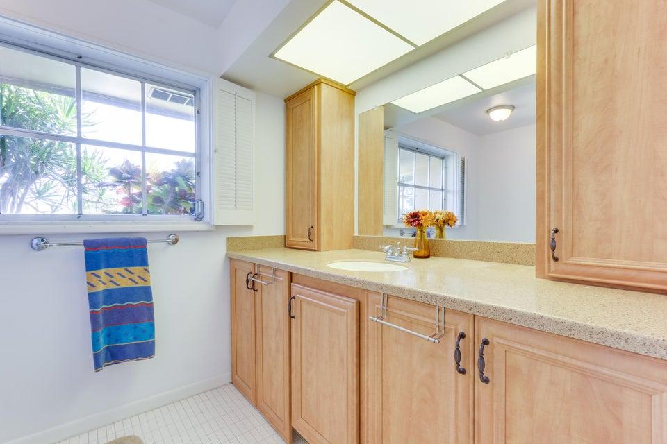 Additional photo for property listing at 320 S Villa Drive S 320 S Villa Drive S Atlantis, 佛罗里达州 33462 美国
