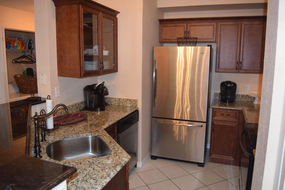 Co-op / Condo for Sale at 1805 N Flagler Drive West Palm Beach, Florida 33407 United States