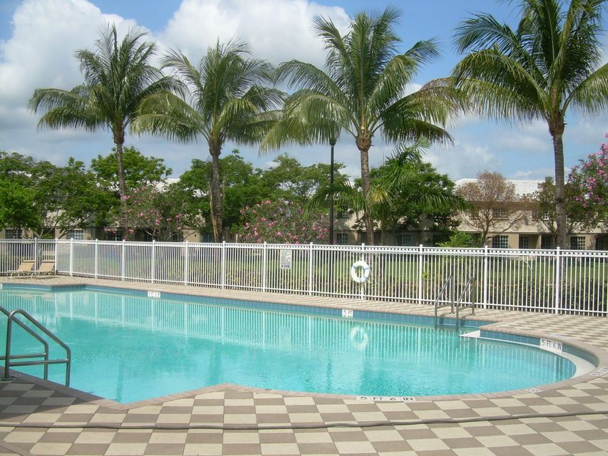 1960  Flamingo Place is listed as MLS Listing RX-10337573 with 14 pictures