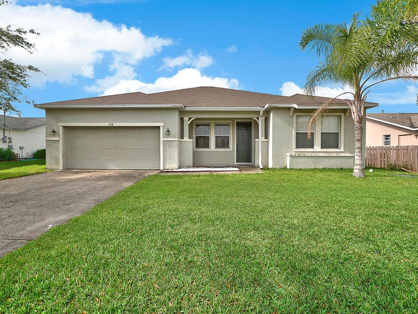 Additional photo for property listing at 538 SW Dailey Avenue  Port St. Lucie, Florida 34953 États-Unis