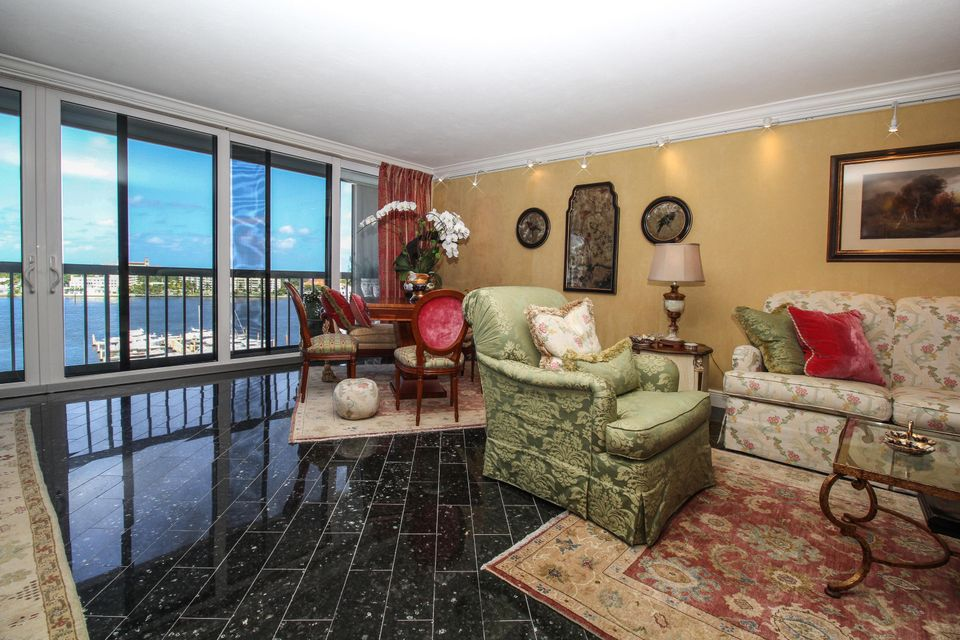 Additional photo for property listing at 400 N Flagler Drive 400 N Flagler Drive West Palm Beach, Florida 33401 États-Unis