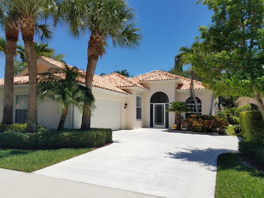 Casa Unifamiliar por un Venta en 2650 Kittbuck Way West Palm Beach, Florida 33411 Estados Unidos