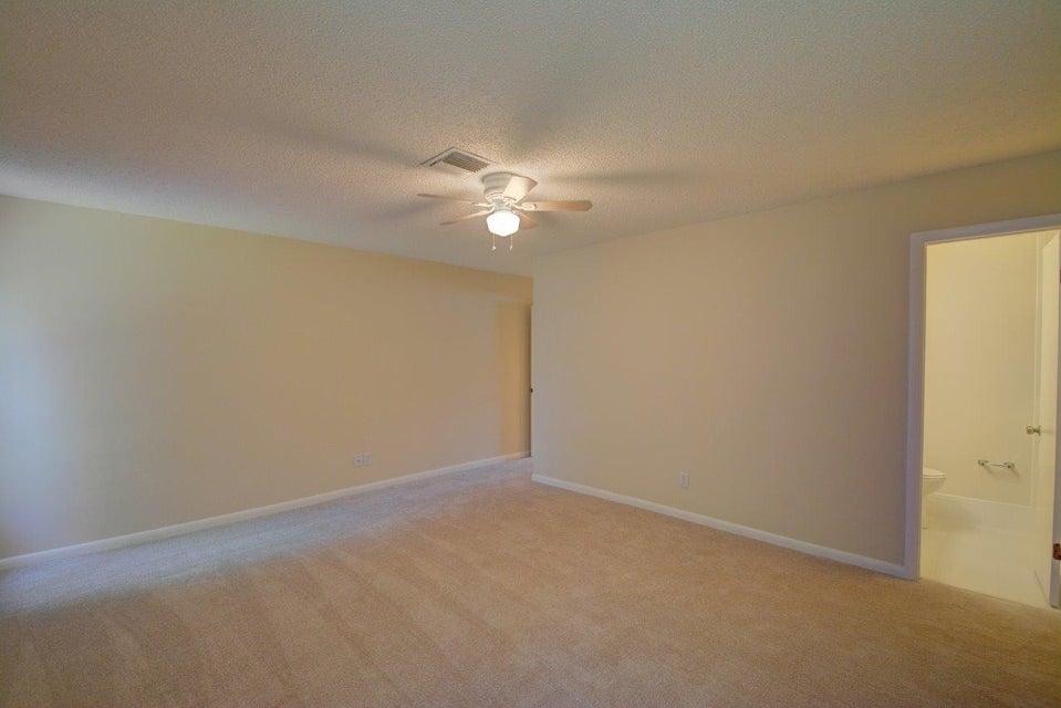 Additional photo for property listing at 5188 Miles Grant Terrace  Stuart, Florida 34997 Estados Unidos