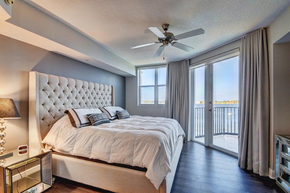 Additional photo for property listing at 2700 N Federal Highway  Boynton Beach, Florida 33435 États-Unis