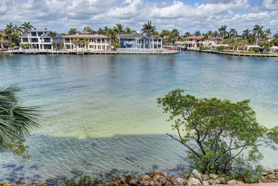 Additional photo for property listing at 2701 N Ocean Boulevard  Boca Raton, Florida 33431 United States