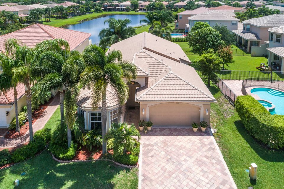 واحد منزل الأسرة للـ Sale في 11388 Sandstone Hill Terrace Boynton Beach, Florida 33473 United States