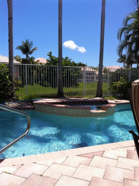 Single Family Home for Sale at 7081 Dubonnet Drive 7081 Dubonnet Drive Boca Raton, Florida 33433 United States