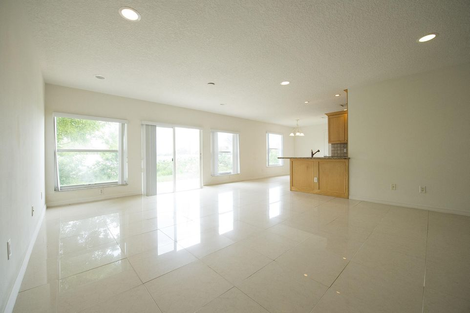 Additional photo for property listing at 1624 NE 24th Street 1624 NE 24th Street Jensen Beach, Florida 34957 United States