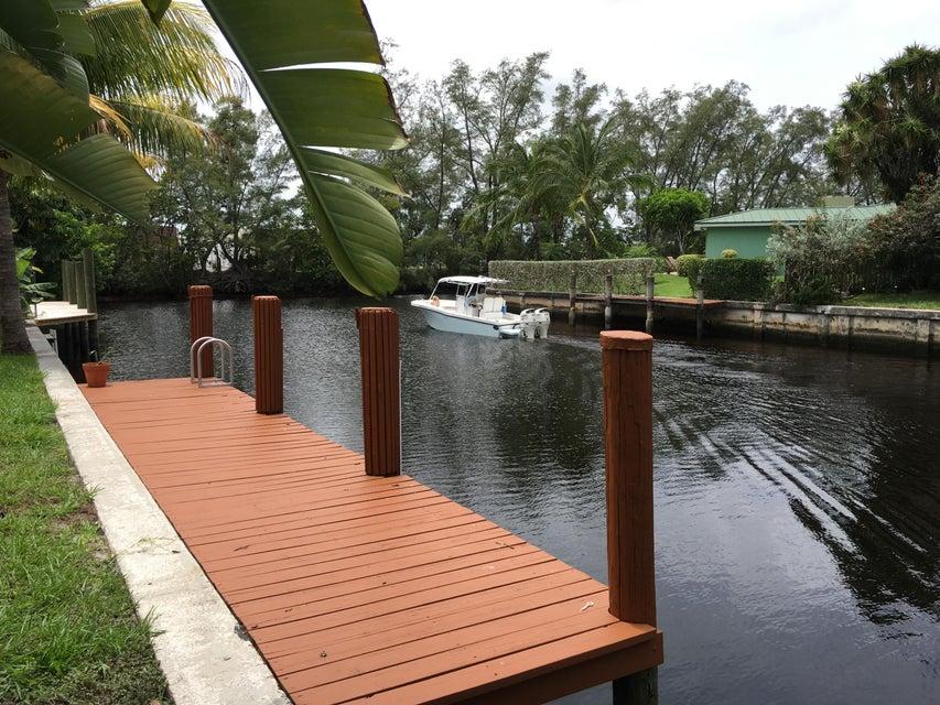 5811 NE 14th Road #2, Fort Lauderdale, FL 33334