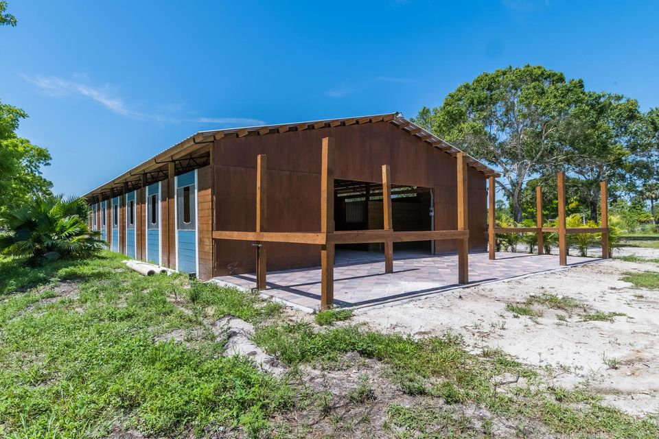 Additional photo for property listing at 3700 D Road 3700 D Road Loxahatchee Groves, Florida 33470 United States