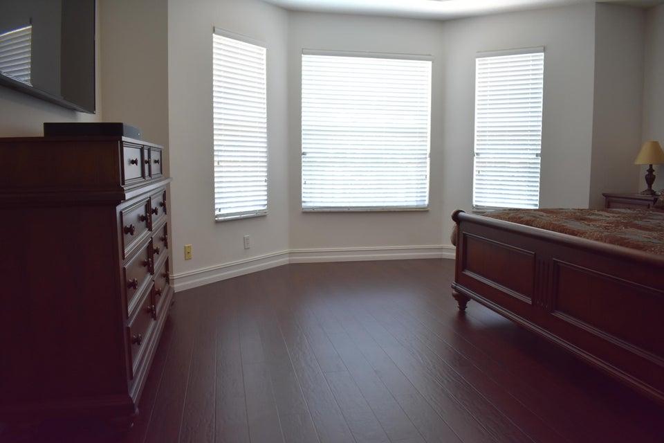 # 24 Upstairs Master Bedroom