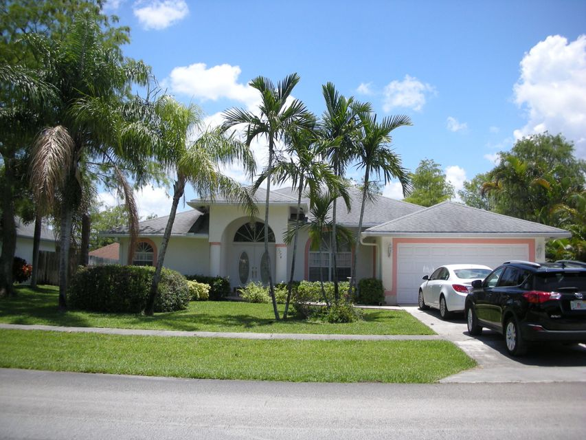 1774 Primrose Lane, Wellington, FL 33414