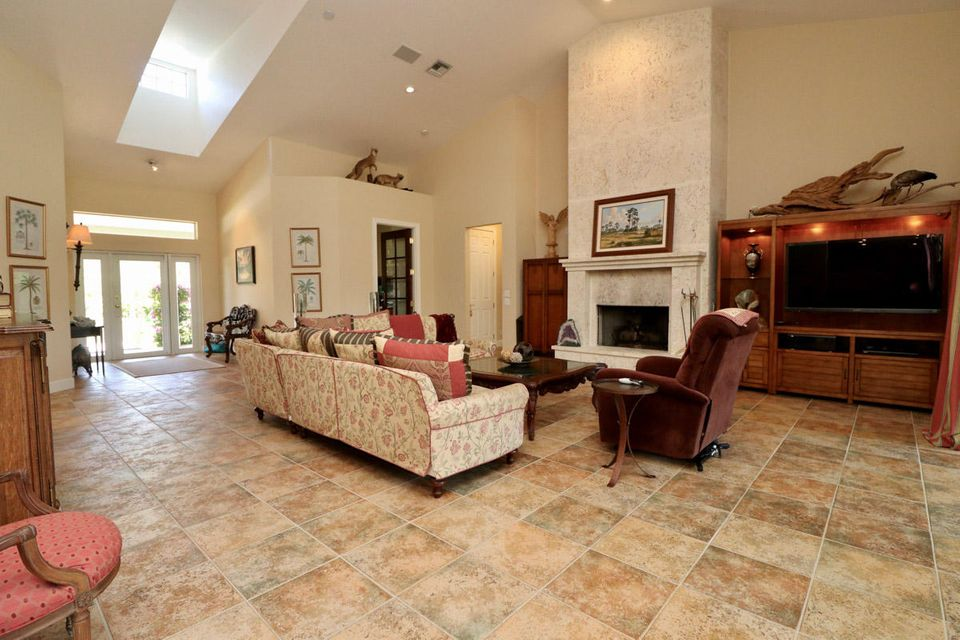 Additional photo for property listing at 3094 SE Ranch Acres Circle  Jupiter, Florida 33478 United States