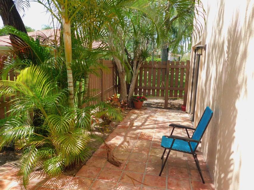 Side outdoor patio