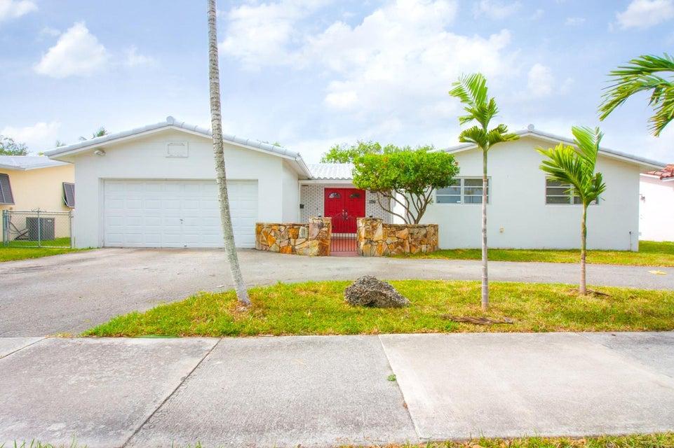 8425 SW 48th Street, Miami, FL 33155