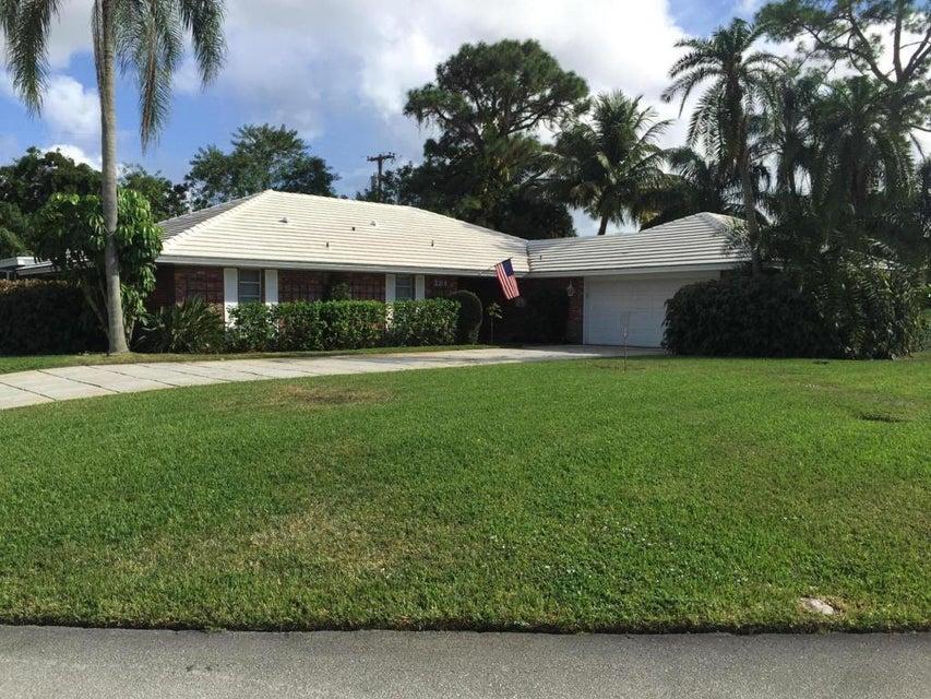 284 N Country Club Drive, Atlantis, FL 33462