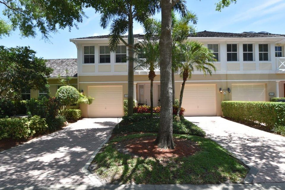 Cambridge Park home on 4081 NW 58th Street
