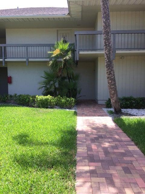 600 Greensward Lane 103-Kn, Delray Beach, FL 33445