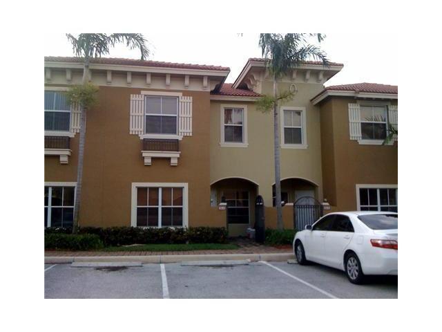 254 Lake Monterey Circle, Boynton Beach, FL 33426