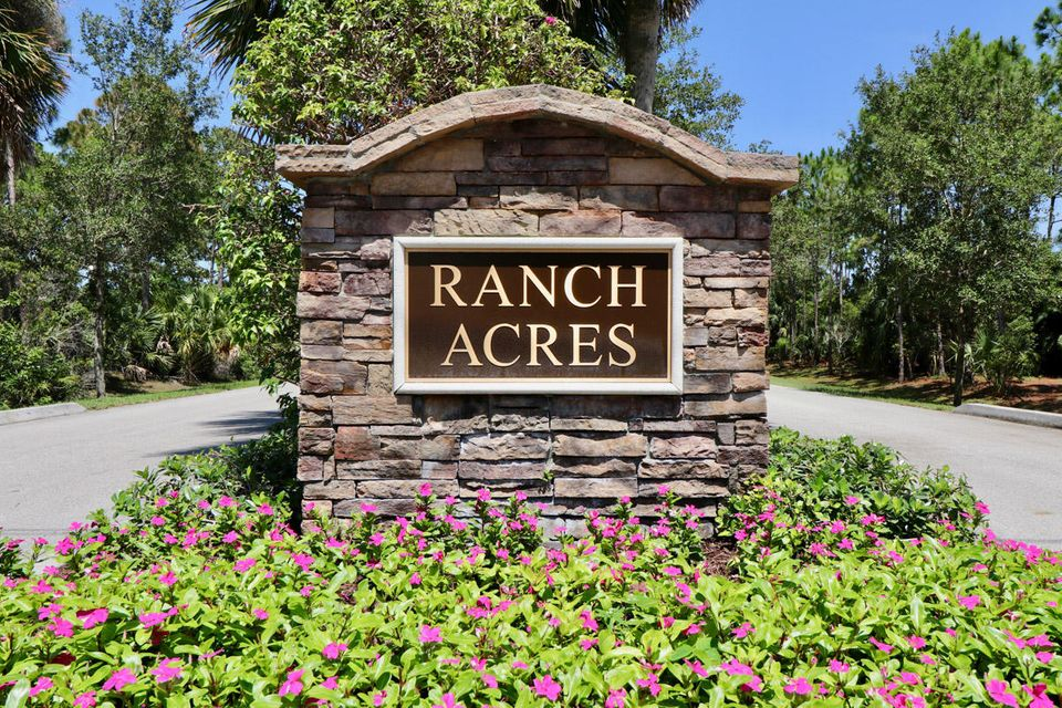 2734 Se Ranch Acres Cir