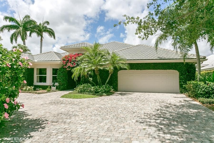 Single Family Home for Sale at 118 Echo Drive 118 Echo Drive Jupiter, Florida 33458 United States