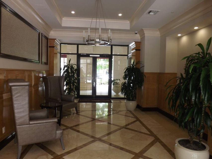 Additional photo for property listing at 233 S Federal Highway 233 S Federal Highway Boca Raton, Florida 33432 Estados Unidos