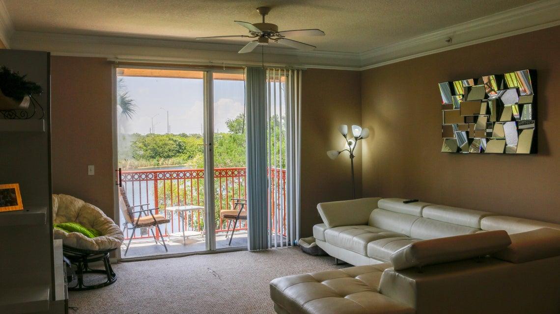2052 Alta Meadows Lane 2204, Delray Beach, FL 33444