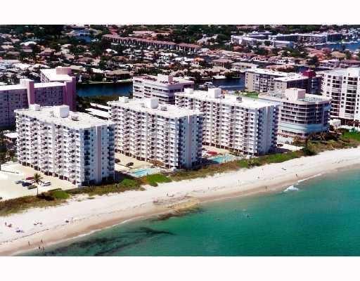 3221 S Ocean Boulevard 403, Highland Beach, FL 33487