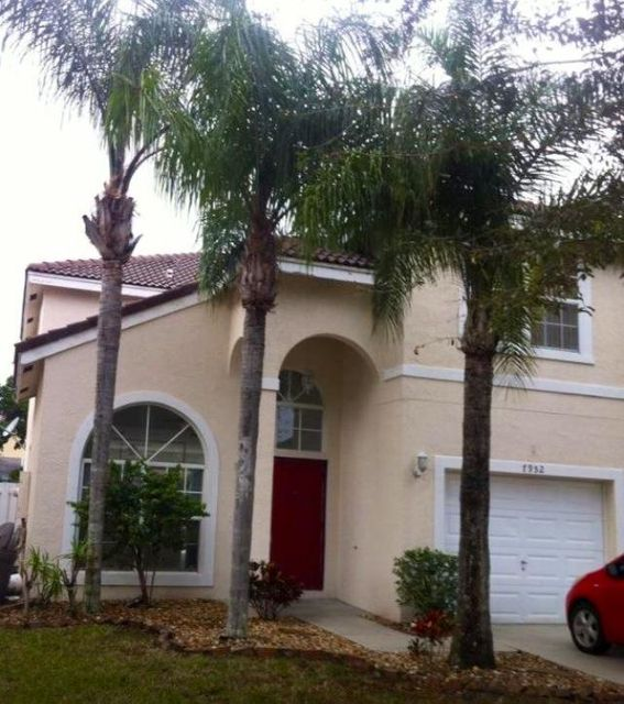 Additional photo for property listing at 7952 Lakewood Cove Court SW 7952 Lakewood Cove Court SW Lake Worth, Florida 33467 Vereinigte Staaten