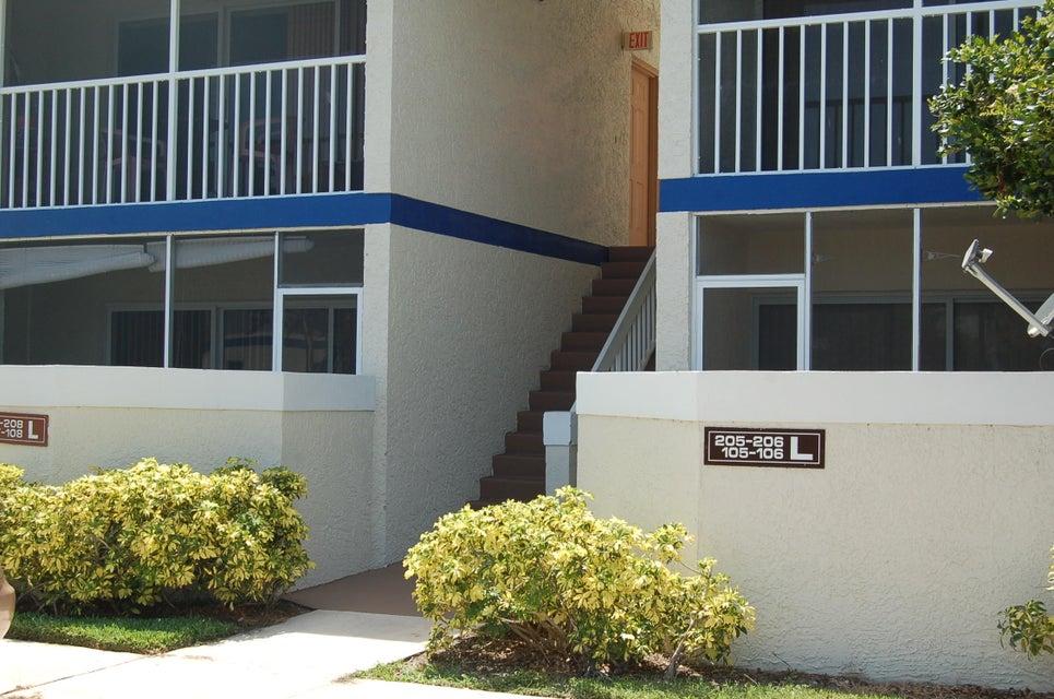 1526 SE Royal Green Circle 108, Port Saint Lucie, FL 34952