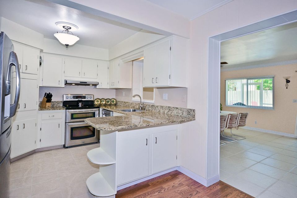 Additional photo for property listing at 2122 Northridge Road  Delray Beach, Florida 33444 États-Unis