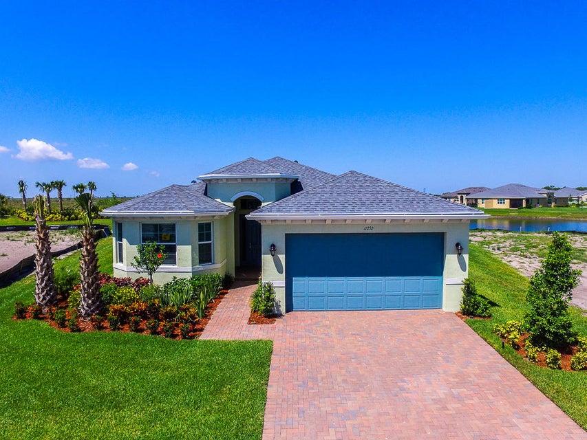 11252 SW Lake Park Drive, Port Saint Lucie, FL 34987
