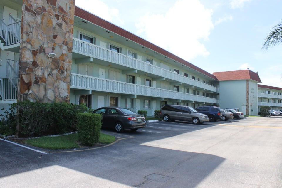 3200 Springdale Boulevard 107, Palm Springs, FL 33461