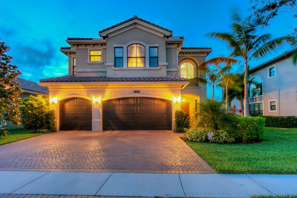 8187 Lawson Bridge Lane, Delray Beach, FL 33446