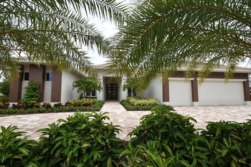 4689 Tree Fern Drive, Delray Beach, FL 33445