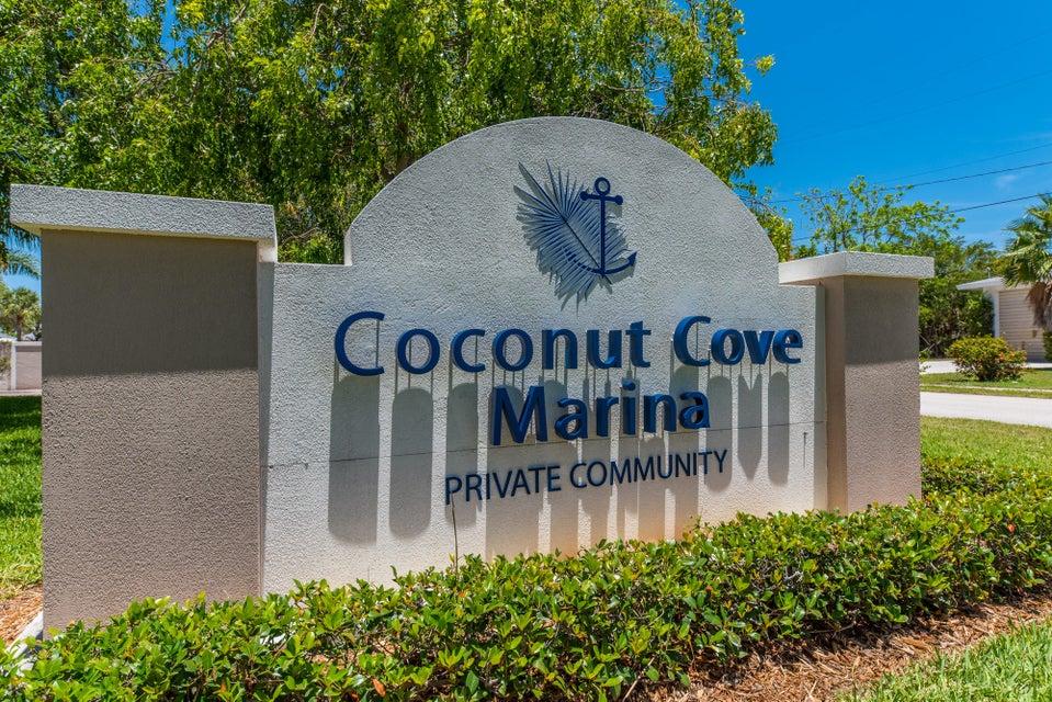 Maison accolée pour l Vente à 1568 Island Cove Road 1568 Island Cove Road Fort Pierce, Florida 34949 États-Unis