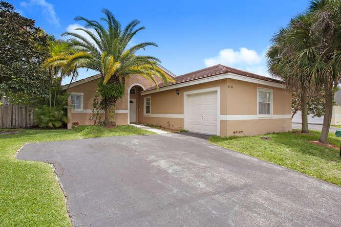 10110 Fanfare Drive, Boca Raton, FL 33428