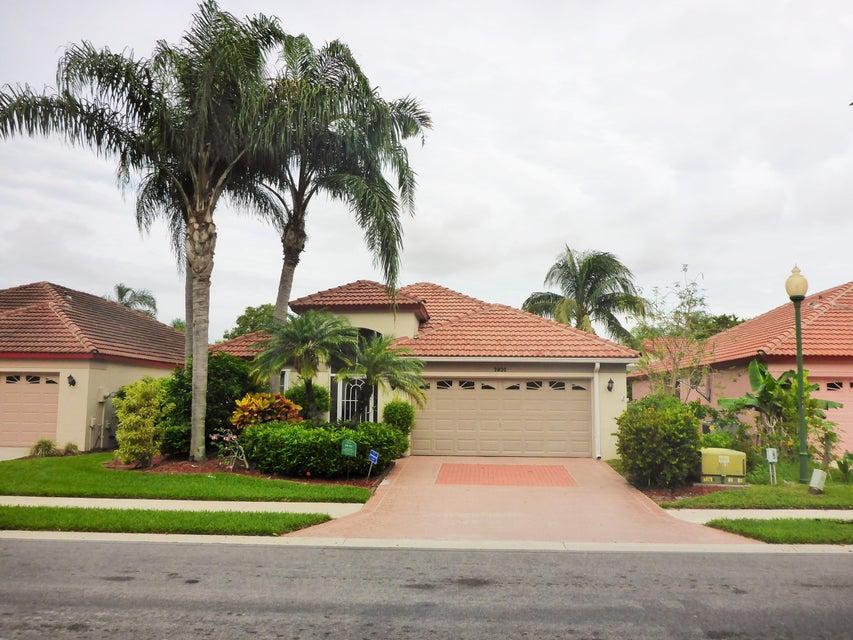 2032 Bonisle Circle, Riviera Beach, FL 33418