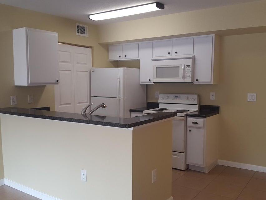 151 SW Palm Drive 103, Saint Lucie West, FL 34986