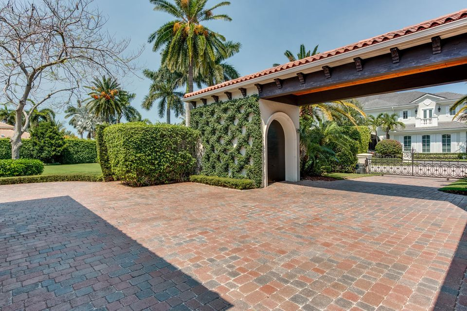 1869  Sabal Palm Drive , Boca Raton FL 33432 is listed for sale as MLS Listing RX-10342819 photo #9