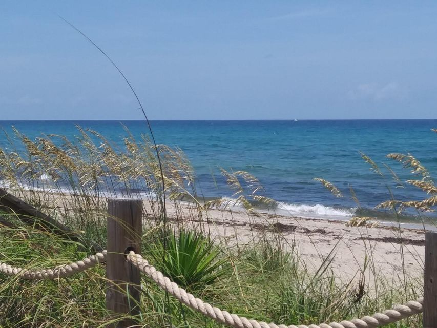 5720 Old Ocean Boulevard 1w, Ocean Ridge, FL 33435