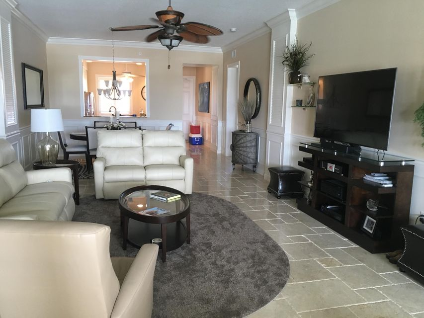 Additional photo for property listing at 15 Harbour Isle Drive W 15 Harbour Isle Drive W Hutchinson Island, Florida 34949 United States