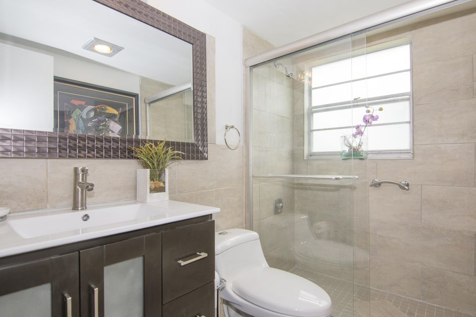 103 brighton c 103 boca raton fl 33434 rx 10339823 in for Bathroom renovations brighton