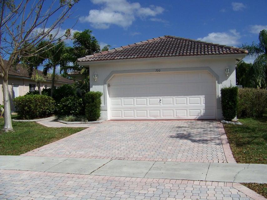 700 NW 134th Terrace, Plantation, FL 33325