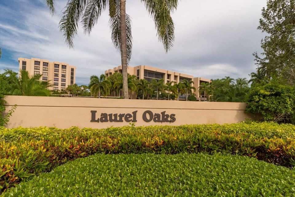 Laurel Oaks Sign_6683 (002)