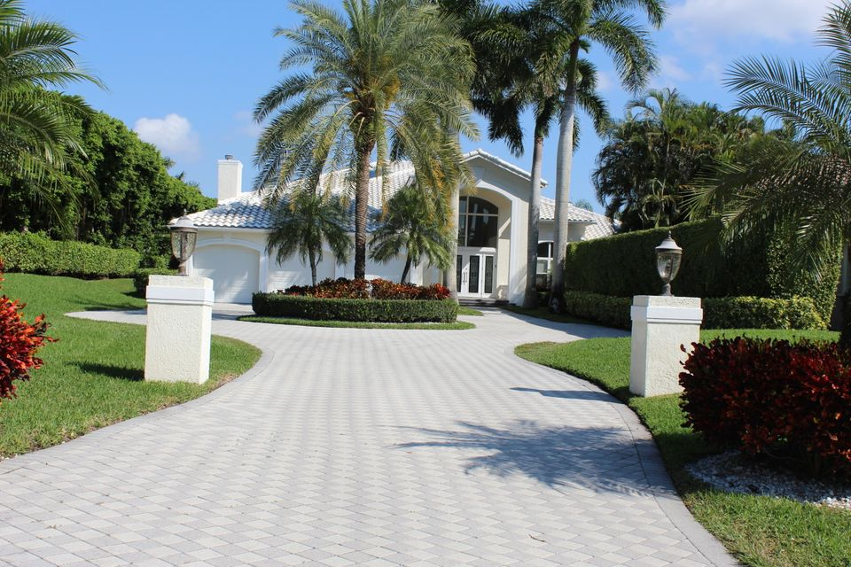 16739 Senterra Drive, Delray Beach, FL 33484